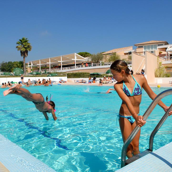 village vacances piscine frejus